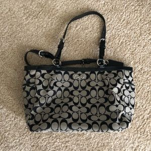 Coach Black and white used Tote